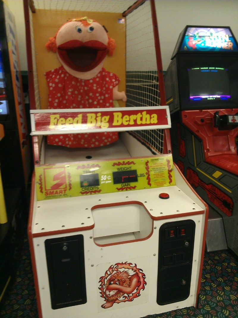 The creepiest arcade game I've ever seen