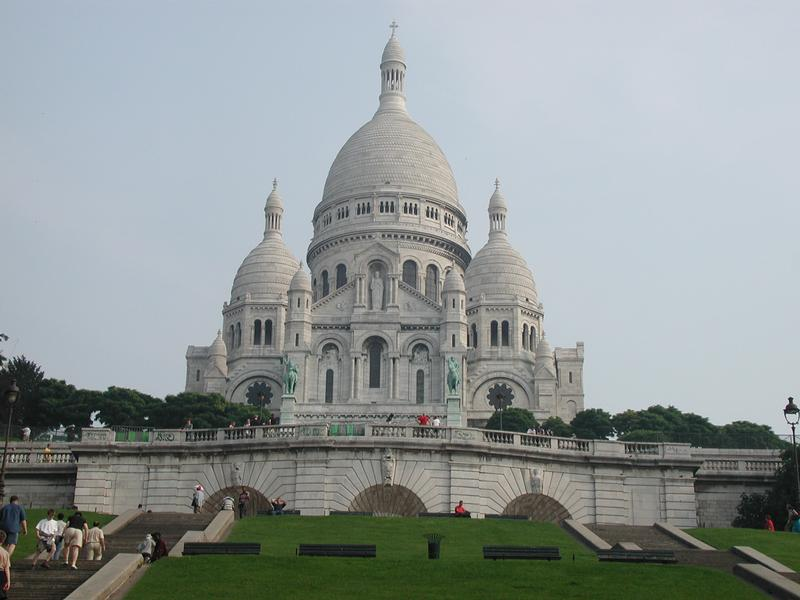 http://graphics.stanford.edu/~ngelfand/pages/summer-vacation/large/paris-sacre-cur.jpg